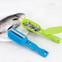 Wholesale stainless steel fishing knives - Hanging Erasing Knife Household Multi Function Fast Fish Scale Scraper Plastic Handle Stainless Steel Blade Descaler Useful 2 1tt B