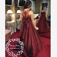 Wholesale Stylish Mother Bride Gowns - Stylish Burgundy Mother of the Bride Dresses With Bow 2018 Long A Line Sheer Back Spaghetti Strap Women Formal Evening Dress Party Gown