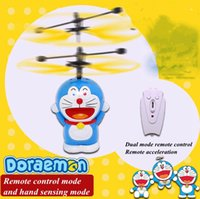 Barato Hover Helicóptero De Controle Remoto-Flying Toys RC Remote Infrared Induction Hand Control Helicóptero Quadcopter Ball Hovering e flutuante Panda Pikachu Doraemon Toys 008 #