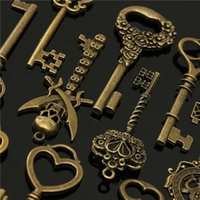 36pcs mixte Couronne Antique Vintage Retro ancien look Skeleton Key Lot Bow Charm Pack de Belle conception afin $ 18Personne piste