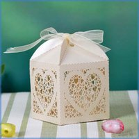Wholesale Wedding Sweetbox - 200pcs lot laser cut heart wedding Candy box Banquet Present Boxes Sweetbox party favor holder wc152