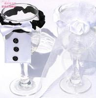 presentes nupciais para homens venda por atacado-Decorações de casamento taças de champanhe copo Decorações banda titulares Homens noivo terno mulheres Vestidos de noiva fontes do partido presente 50 pcs
