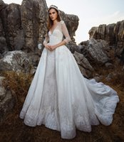 abito da ballo da principessa abito da ballo con gonna databile 2018 abiti da sposa in tony ward abbellimento completo con scollo a V sweep train