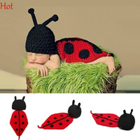 Wholesale Adorable Baby Clothes - Hot Baby Infant Knitting Crochet Ladybug Animal Costume Soft Adorable Clothes Newborns Photography Props Baby Photo Hat Outfits Red SV007054