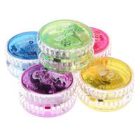 ingrosso accendere yoyo-NATALE CALDO Dettagli su Lampeggiante LED Bagliore Accendi YOYO Party Giocattoli colorati Yo-Yo per bambini Giocattoli per bambini Regalo
