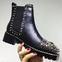 2018 autunno Womens black leathe multicolor borchie punk spike Suole in gomma decorate stivali da combattimento pull su stivaletti