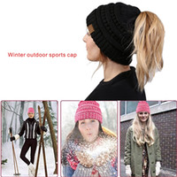 Wholesale Yarn Bowls - Winter outdoor sports keep warm cap Soft Stretch Cable Knit Messy High Bun Ponytail Beanie Hat.