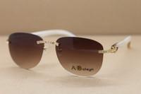 beyaz tarz gözlükler toptan satış-2019 Toptan High-end Güneş Gözlükleri Sıcak Yeni Stil T8307005 Samll elmas Güneş erkekler Beyaz Manda Boynuzu Gözlük Çerçeve Boyutu: 57-18-140mm