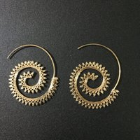 Vintage Boho Style Mulheres Círculos Round Spiral Tribal Hoop Brincos Retro Jewelry Fashion Hollow Swirl Hoop Indian Bohemian Earrings D93S