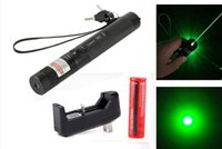 Compra Caricatore Militare Del Puntatore Del Laser-Hot New High Power Militare 532nm 303 Verde Laser Pointer Lazer Penna Bruciare Fascio + 18650 + Caricatore Laser Pointer Pen