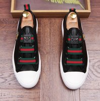 Wholesale Men Causal Style Shoes - High Quality Fashion Men High Top British Style Rrivet Causal Luxury Shoes Men Red Gold Black Bottom Shoes 2Dn10