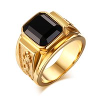 Barato Alianças De Casamento-Atacado- Mens Rins Stainless Steel Signet Ring com Black Stone para homens Gold-color Club Party Wedding Band Ring Anillos Fashion Jewelry
