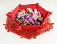 chinesische art aufbewahrungsboxen großhandel-Kreative dekorative Hochzeits-Süßigkeit-Aufbewahrungsbehälter-Handwerks-chinesische Art-Silk Brokat-sechseckige Frucht-Körbe 5pcs / pack frei