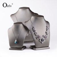 Oirlv Popular Necklace Display Stands Cardboard Custom Gray Leather Mannequin Rack Jóias Holder Showcase