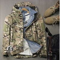 Wholesale shark skin tactical shells online - 2015 new Military style shark skin outdoors camouflage jackets men waterproof soft shell tactical sport coat jacket coat men army green