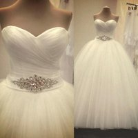 Wholesale Ball Gown Tulle Wedding Dresses - 2015 Wedding Dresses Gorgeous Wedding Ball Gowns with Sash Beaded Sweetheart Ruched Ivory Tulle Bridal Wedding Dress Backless Real Photo