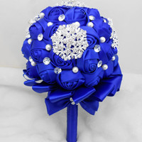 Luxury Handmade Pearls Crystal Unique Bridal Bouquets For Wedding Royal Blue Artificial Rose Wedding Flowers Cheap Bridesmaid Flowers