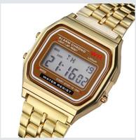 homens vêem luzes led venda por atacado-Nova Moda Retro Vintage Relógios De Ouro Homens Relógio Digital Eletrônico LEVOU Luz Vestido Relógio de Pulso relogio masculino FYMHM IOA