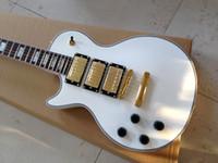 ingrosso negozio di chitarre elettriche a sinistra-Chitarra bianca mancino bianco custom shop 3 pickup Chitarra elettrica Chitarre cinesi