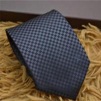 gravatas de homens de qualidade venda por atacado-De alta qualidade designer de gravata de seda dos homens casuais 8 cm xadrez do vintage gravata designer de luxo marca caixa de presente
