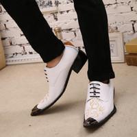 мужские золотые мокасины оптовых-Black Italian Mens Loafers genuine Leather Metallic Toe Mens Glitter Shoes Gold Floral Print Men Wedding dress Shoes Men