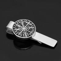 kleiner krawattenclip großhandel-Nordic Viking-Rune-Kompass-Amulett Krawattenklammern klein mit Valknut-Geschenktüte