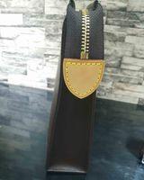 blumen brief großhandel-Designer Brieftasche Brief Blume Kaffee schwarz Gitter Herren Taschen Luxus Damen Brieftasche Kosmetiktaschen Reißverschluss Designer Handtaschen Brieftasche 47542 mit B