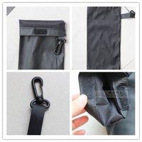 bolso negro estilo moto al por mayor-Estilo simple del cuero del diseño de los vidrios de bolsillo gancho Negro puro portátil Gafas de sol de la motocicleta bolsas de prevención de arañazos en venta 001