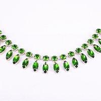 cor rhinestone jardas venda por atacado-1 Quintal costura strass cristal rolo de noiva apliques para roupas placemat metal strass verde Trim 4 cores