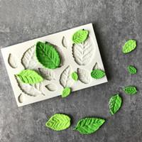 ingrosso accessori della torta della cucina-Rose Leaves Silicone Sapone Stampo Accessori per la cucina Stampo per dolci Caramelle Biscotti Attrezzi Torta fondente Decorazione Sapone Stampo Stampi da forno