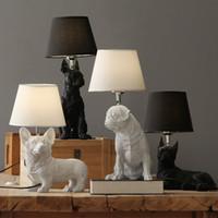 hundekunst großhandel-Kunst-Dekor-Harz-Tabellen-Lampe für Schlafzimmer Wohnzimmer Kinderzimmer Kinder Nachttischlampe Hunde Anmails Tischleuchte Schwarz mit Schirmen