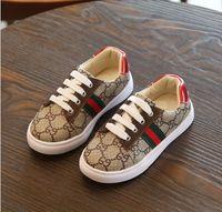 erkekler için kahverengi ayakkabılar toptan satış-Marka Tasarımcısı Çocuk Ayakkabı Sneakers Bebek Yürüyor Eğitmenler Run Ayakkabı Bebek Çocuk Erkek Kız kahverengi siyah beyaz Chaussures Enfants Dökün