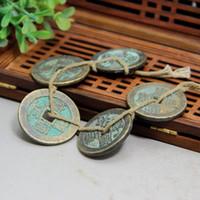 alte messinganhänger großhandel-Chinesische alte Münze Antikensammlung Kupfermünze Messing Rost Seil fünf Kaiser Geld Anhänger Freies Verschiffen