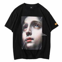 hip hop şortlu gömlek kızları toptan satış-Erkekler Harajuku T Shirt Komik Küçük Kız Hip Hop T-Shirt Streetwear 2019 Yaz Kısa Kollu Tişört Pamuk Tops Tees Siyah Beyaz