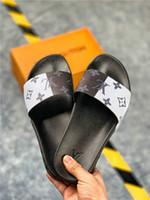 Wholesale house shoes slippers online - New Italy Women Men Slides Summer Luxury Designer Beach Indoor Flat G Shoes Brand Mens Sandals Slippers House Flip Flops slipper With Box
