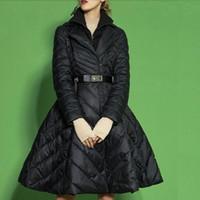 большие юбки оптовых-2019 Зимняя Женская куртка вниз юбка пальто французской моды Поддельные из двух частей дамы Дак Верхняя одежда большого размера