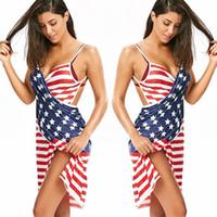 sırsız diz uzunluğu bayan elbisesi toptan satış-Bayanlar Plaj Backless Elbiseler Çizgili Strappy Diz Boyu Mini Elbiseler Amerikan Bayrağı Bağımsızlık Ulusal Gün ABD 4 Temmuz Yaz Elbise