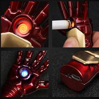 luz mais leve do usb venda por atacado-Homem de ferro Mão USB Isqueiro Eletrônico com Luz Led Luminosa Chaveiro Flameless Plasma Arc Isqueiro Presentes Para Homens
