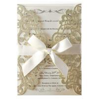 ingrosso foglio di invito di nozze-100 pz Champagne Glitter Laser Cut Invitation Cards Con Blank fogli interni e buste per inviti di nozze nuziale doccia Y19061704