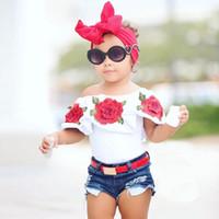 sıcak yaz kız kot toptan satış-2 Adet Yürüyor Çocuk Bebek Kız Giysileri Yaz Kolsuz Çiçek Tops Kot Denim Sıcak Kısa Kıyafetler Kızlar Giyim Seti 0601996