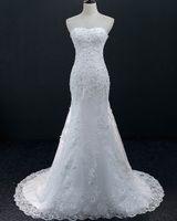 aus weiße brautkleider farbe großhandel-Schulterfrei Schatz Meerjungfrau Brautkleid Hofzug Weiße Farbe Kristall Perlen Brautkleid Elegante Brautkleider