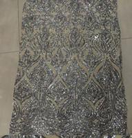 vestido de encaje blanco nigeria al por mayor-Lentejuelas bordadas Tela de Encaje 2017 Blanco Nigeria Tul Malla Guipur Cordón Neto Africano Mujeres Vestido de Noche de Lentejuelas Francés Tela
