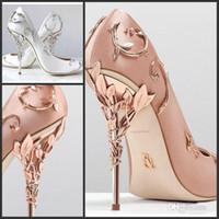gelin partisi için saten ayakkabıları toptan satış-Ralph Russo Tasarımcı Düğün Gelin Ayakkabıları pembe / altın / bordo Ipek Saten Yaprak Topuklu Ayakkabı Düğün Akşam Parti Balo Ayakkabı artı boyutu 42