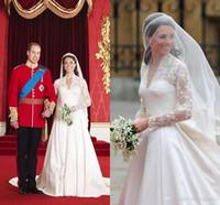kate lace v neck dress toptan satış-Retro Kate Middleton Gelinlik A Hattı Prenses Sheer Uzun Kollu V Yaka Dantel Nakış Saten Gelin Kıyafeti