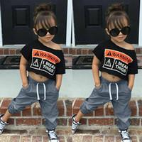 ropa de bebé niña hip hop al por mayor-Baby Girl Clothes Set Hip hop cool Girl Toddler Baby Girls Carta de manga corta Estampado de camisetas Tops + Pantalones sólidos Trajes Ropa