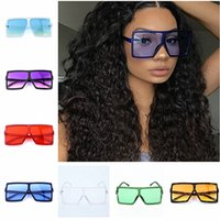 Wholesale Fashion Women Sunglasses Summer Big Square Frame Sun Glasses Women Retro Vintage High Quality Sunglasses Outdoors Travel Beach Glasses