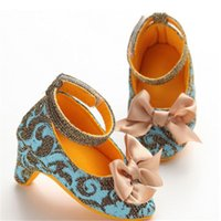 photos de vêtements pour bébés achat en gros de-Bébé Chaussures 2019 Mode Arc Infant Filles À Talons Hauts Bébé Papillon Noeud Princesse Chaussures Accessoires Photo PVC Printemps Automne Porter