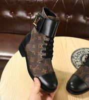 calcanhar venda por atacado-2019 new arrival Designer de luxo de couro de bezerro de veludo das mulheres WONDERLAND flat boots Eu35-42 com caixa de transporte rápido