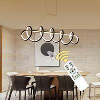 yeni ev aydınlatma tasarımı toptan satış-Yeni Stil Siyah / Beyaz Modern Oturma Odası Yemek Odası Için Led Kolye Işıkları Akrilik LED Kolye Lambaları Ev Tasarım AC110V 220 V