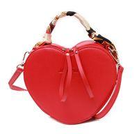 formas de coração de seda venda por atacado-O envio gratuito de novas bolsas de tendência de moda em forma de coração pequeno saco de lenço de seda personalizado bolsa do mensageiro saco A3029